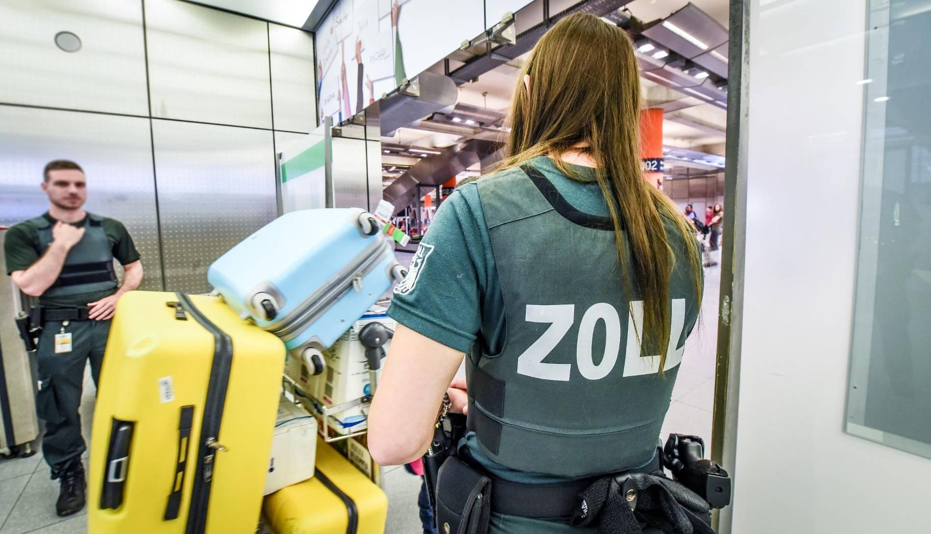 Flughafen Köln Zoll