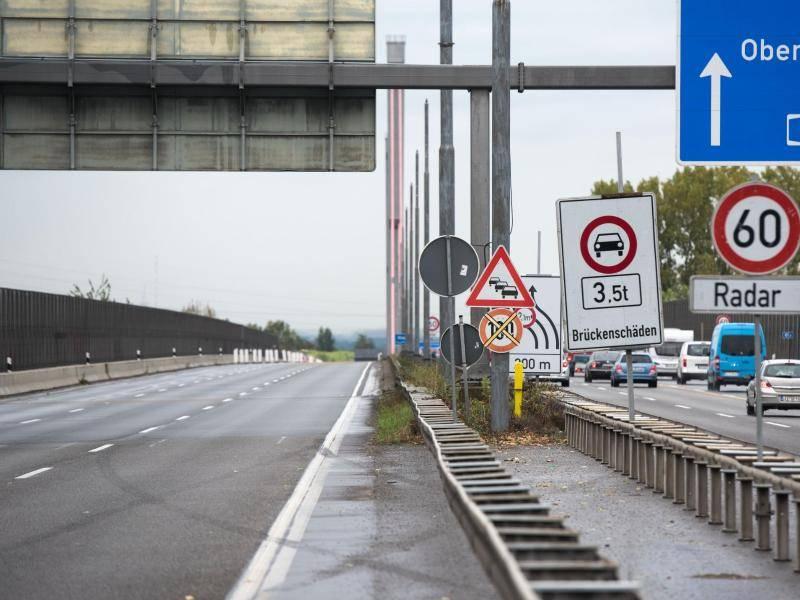 Verkehr A1 Köln