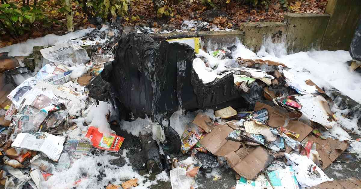 Edith-Stein-Anlage: Müllcontainer geraten auf dem Hardtberg in Brand - General-Anzeiger